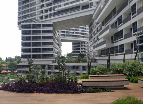 sgh_the interlace5